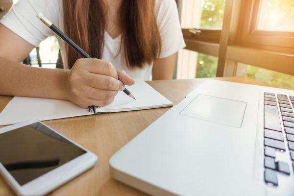 Is het handig om mijn kind aan te melden voor huiswerkbegeleiding volgend schooljaar?